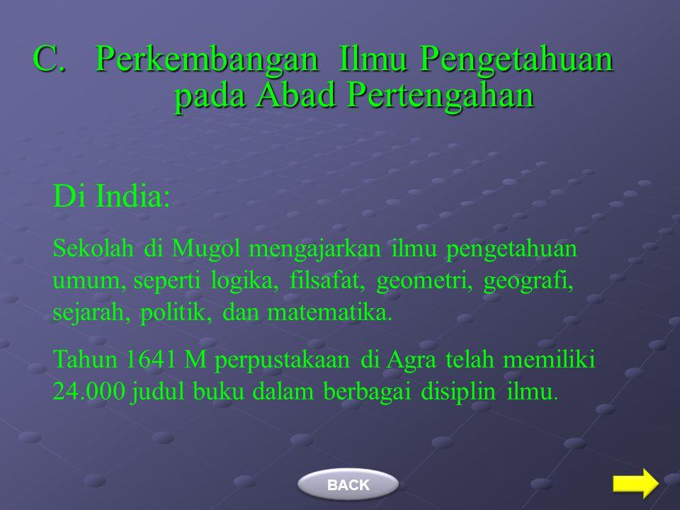 Ulama-ulama Besar pada Abad Pertengahan Nama Ulama Hasil Karya Jalaluddin Al-Mahalli (791-964 H) dan Jalaluddin As-Syuyuti (849-911 H) Tafsir Jalalain
