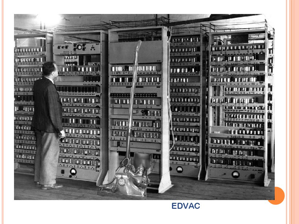 Komputer menjadi lebih kecil.Terdapat pengurangan daya dan pendinginan yang diperlukan.