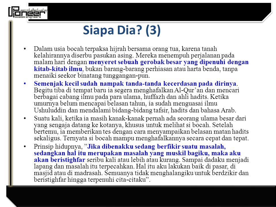 Siapa Dia.(2) Lahir di Medan dan kuliah di Jakarta.
