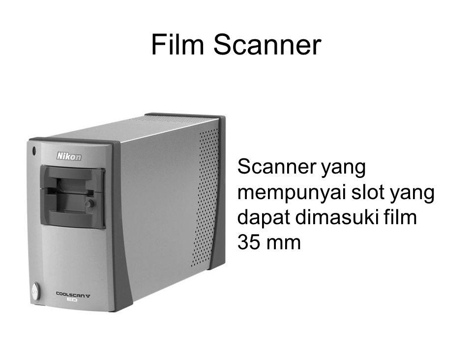 Film Scanner Scanner yang mempunyai slot yang dapat dimasuki film 35 mm