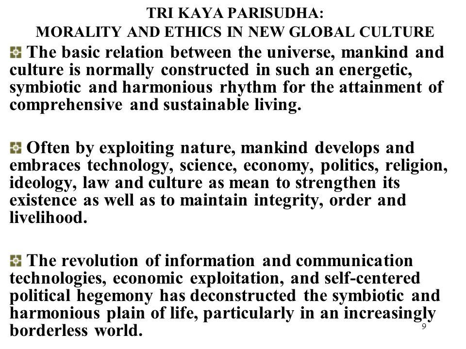 29 Masalah dan identitas kita lewat kebudayaan Masalah pokok kebudayaan: MH, MK, MW, MA, MM yang menentukan orientasi nilai budaya Masalah budaya dasar: Manusia dan cinta kasih, keindahan, penderitaan, keadilan, pandangan hidup, tanggungjawab dan pengabdiannya, kegelisahan dan harapan.