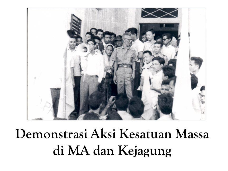 Demonstrasi Aksi Kesatuan Massa di MA dan Kejagung