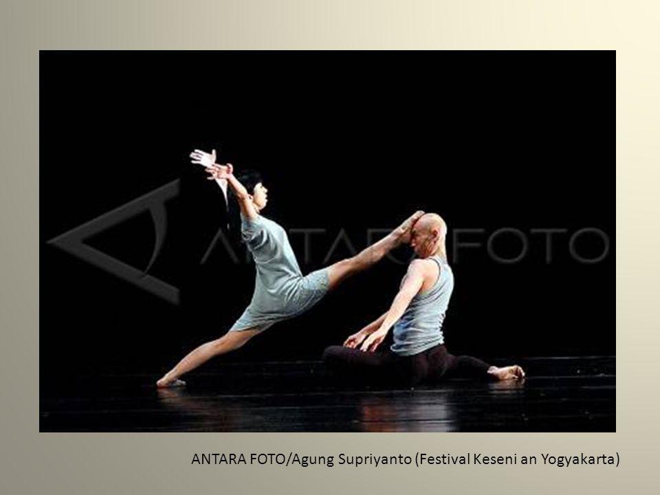 ANTARA FOTO/Agung Supriyanto (Festival Keseni an Yogyakarta)