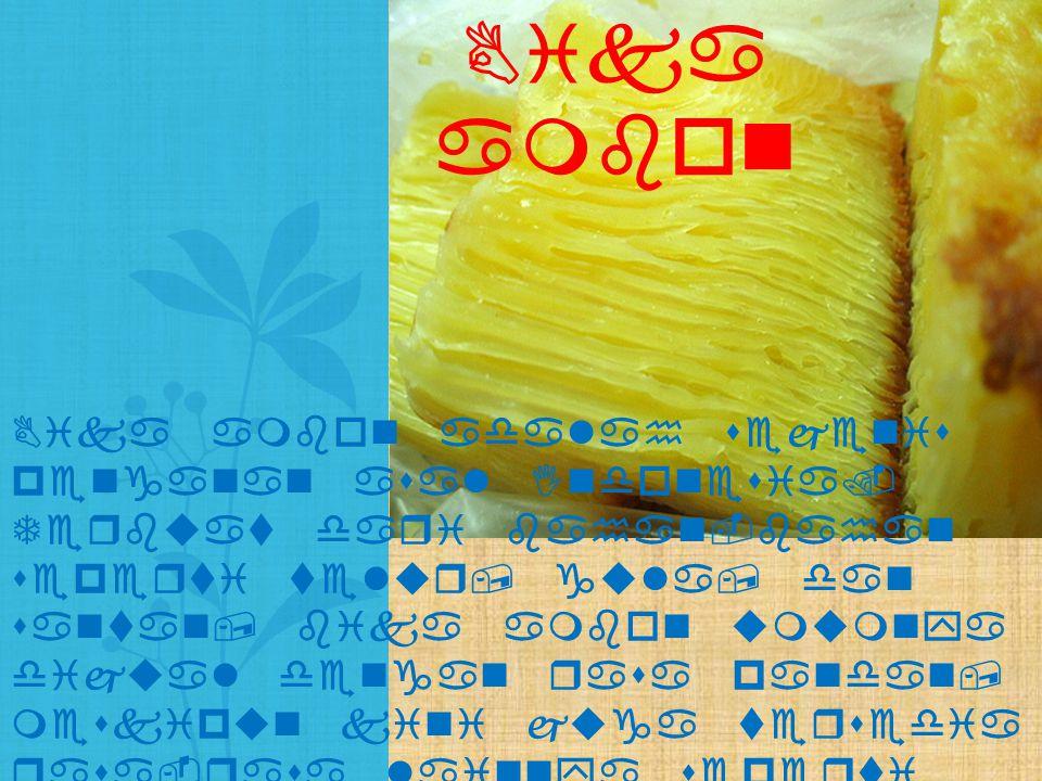 Lumpia semarang adalah makanan semacam rollade yang berisi rebung, telur, dan daging ayam atau udang.
