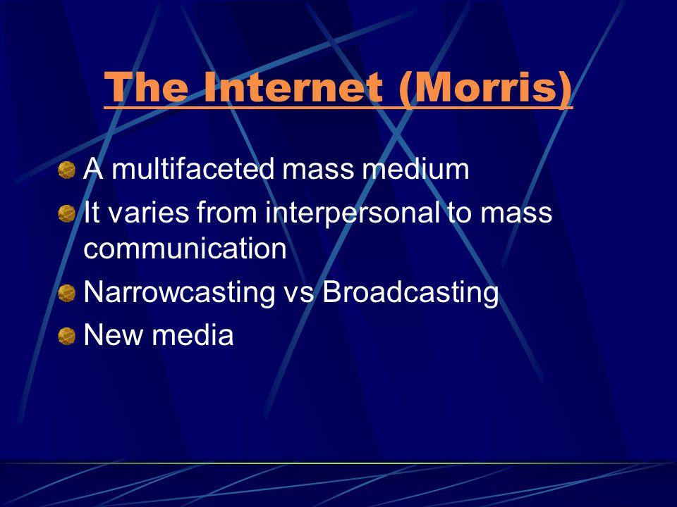 New Media Cara baru distribusi dan konsumsi teks media (interactivity & hypertext) Cara baru merepresentasikan dunia Relationship baru antara subyek (user & consumer) dan teknologi media