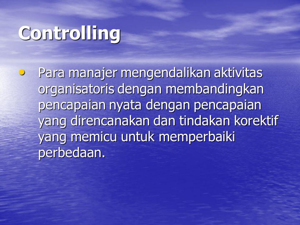 Staffing Walaupun staffing adalah suatu istilah yang biasa hanya digunakan untuk menguraikan pengadaan sumber daya manusia, dalam proses manajemen juga digunakan untuk umum yang meliputi pengadaan semua sumber daya dalam fungsi organizing.