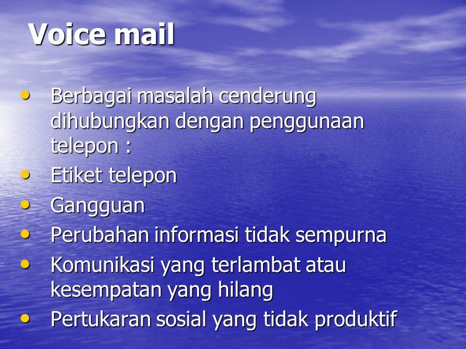 Sistem Komunikasi Berbasis Komputer E-mail E-mail Keuntungan e-mail : Keuntungan e-mail : –Komunikasi lebih cepat –Mengurangi pengetikan dan biaya surat –Komunikasi yang lebih efektif –Akses pesan yang cepat.