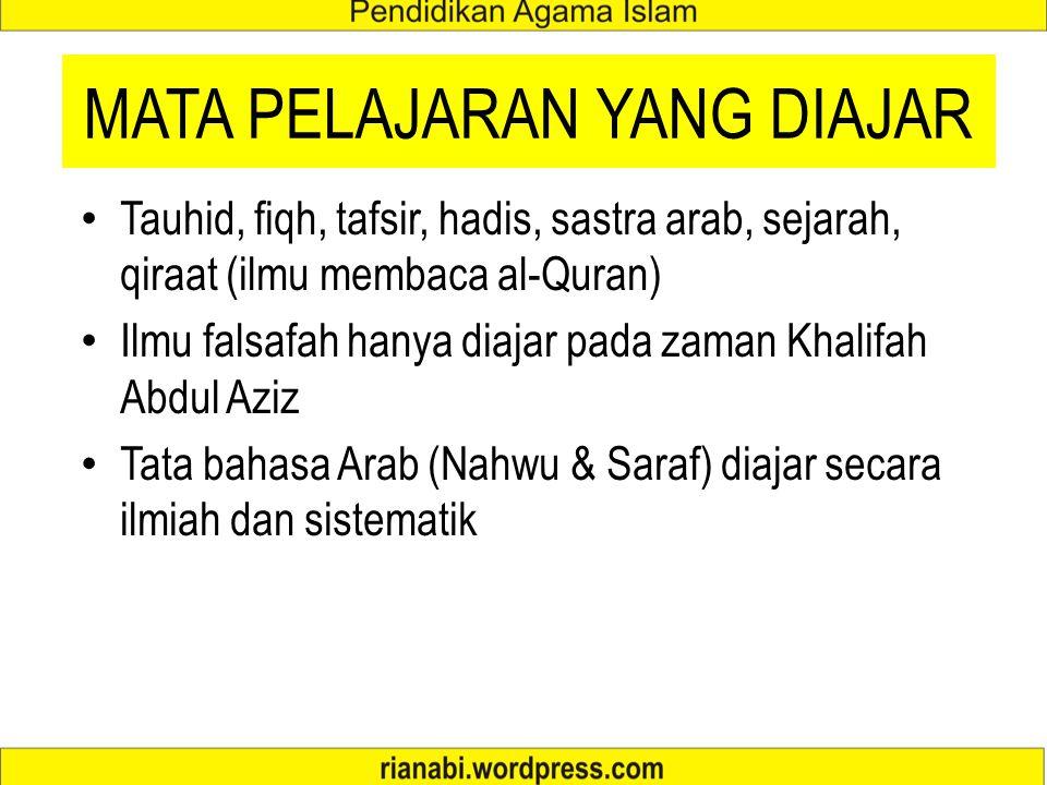 KURRIKULUM ZAMAN UMAYYAH Al-Quran dan Hadis merupakan pelajaran wajib Hafalan al-Quran sangat diutamakan sejak di kuttab (peringkat anak-anak) Sastra