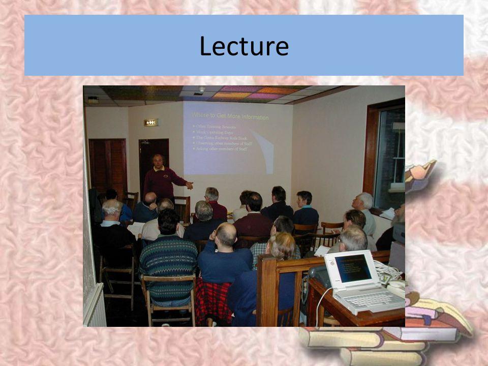 METODE OFF-SITE 1. Lecture 2. Audiovisual 3. Simulasi (replikasi kondisi pekerjaan, misal astronot,pilot) 4. Instruksi terprogram 5. CAI (computer ass