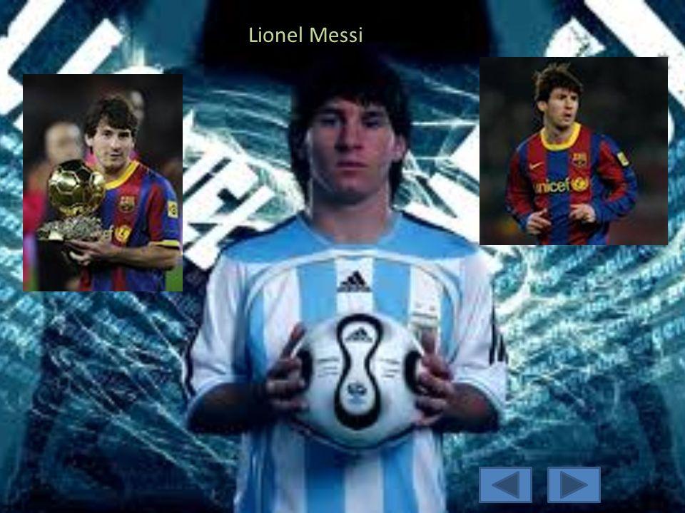 Pemain Favorit 1.Lionel Messi 2.C. Ronaldo 3.Wayne Rooney
