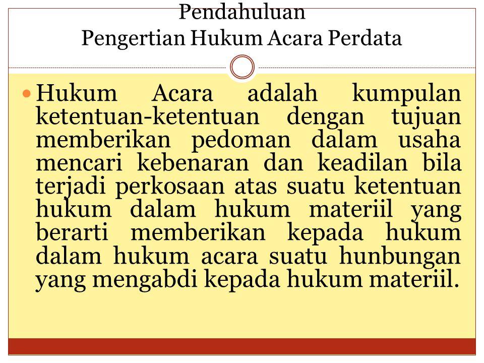 Lingkup Peradilan (sambungan) Susunan Pejabat Pada Suatu Pengadilan Di tiap pengadilan terdapat beberapa hakim.