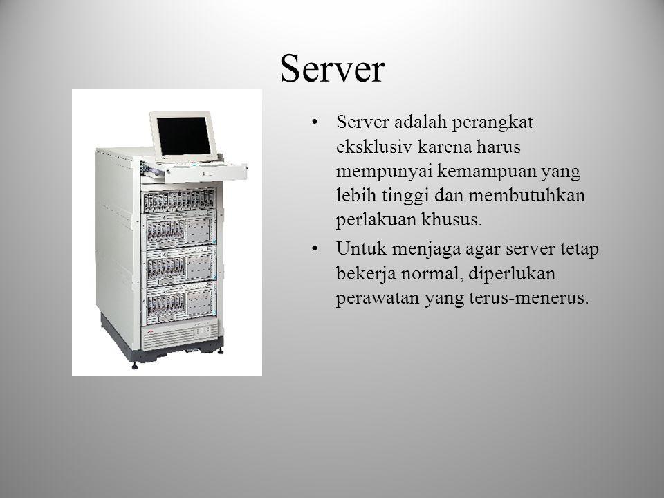 Router Router lebih cerdas dari pada bridge and switch, karena mampu membuat keputusan melewatkan atau menerima paket pada salah satu port ke sebuah p
