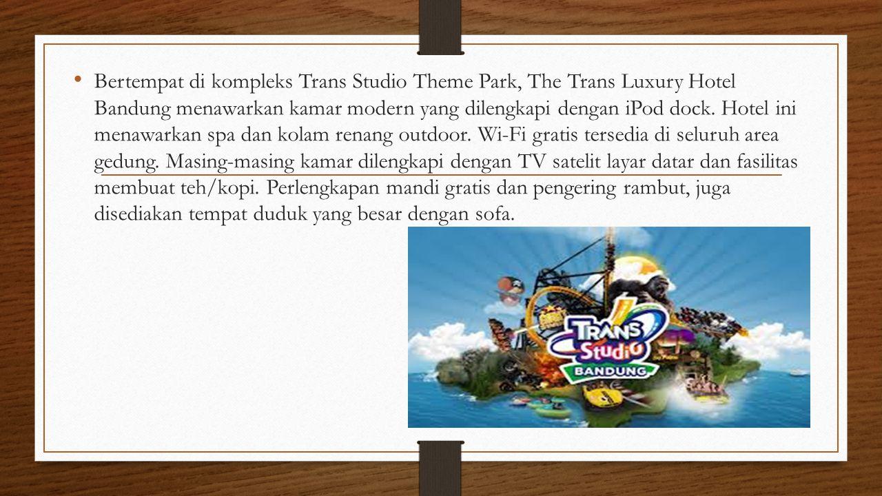 Bertempat di kompleks Trans Studio Theme Park, The Trans Luxury Hotel Bandung menawarkan kamar modern yang dilengkapi dengan iPod dock. Hotel ini mena