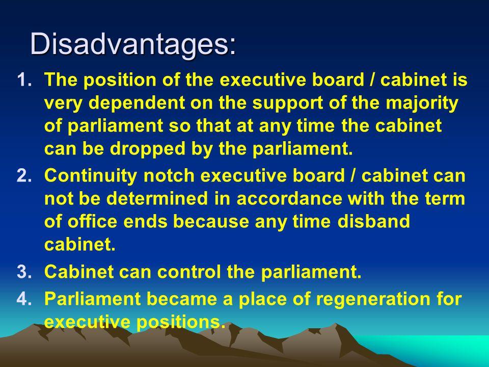 b. Kelebihan dan kekurangan sistem pemerintahan parlementer * KELEBIHAN : Pembuatan kebijakan dpt ditangani scr cepat karena mudah terjadi penyesuaian