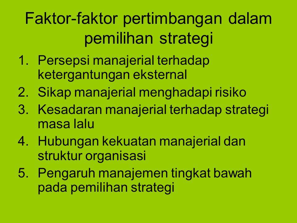 Struktur fungsional : dalam organisasi fungsional setiap manajer bertanggungjawab terhadap salah satu dari berbagai fungsi yang ada dalam perusahaan Kebaikan struktur fungsional : 1.