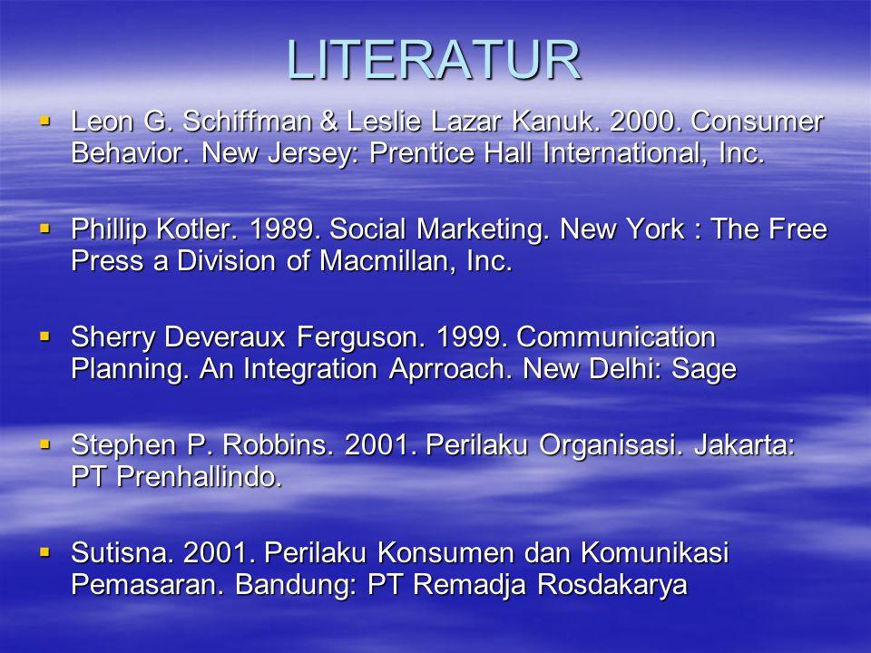 SEJARAH Social Marketing (Pemasaran Sosial)  sejak 1971 dengan menggunakan prinsip dan teknik pemasaran komersil  dikembangkan berdasarkan permasalahan-permasalahan sosial, ide- ide dan perilaku masyarakat.