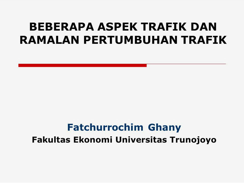 Pengertian Trafik  Yang dimaksud dengan TRAFIK ada 2 macam, yaitu : (1) Trafik muatan adalah jumlah penumpang dan/atau barang yang diangkut oleh kendaraan atau alat angkutan, dan (2) Trafik alat angkutan adalah jumlah kendaraan atau alat angkutan yang lalu lintas pada jalannya.