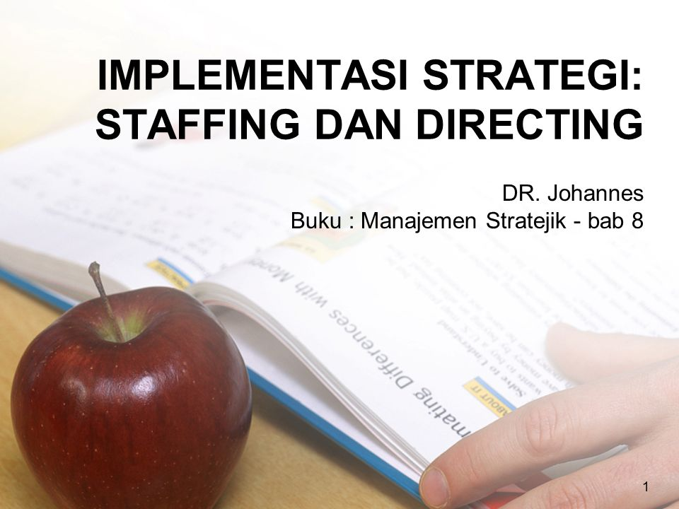 12 KEPEMIMPINAN DAN STRATEGI Dess et al (2006) mendefinisikan bahwa leadership is the process of transforming from what they are to what leader would have then become.
