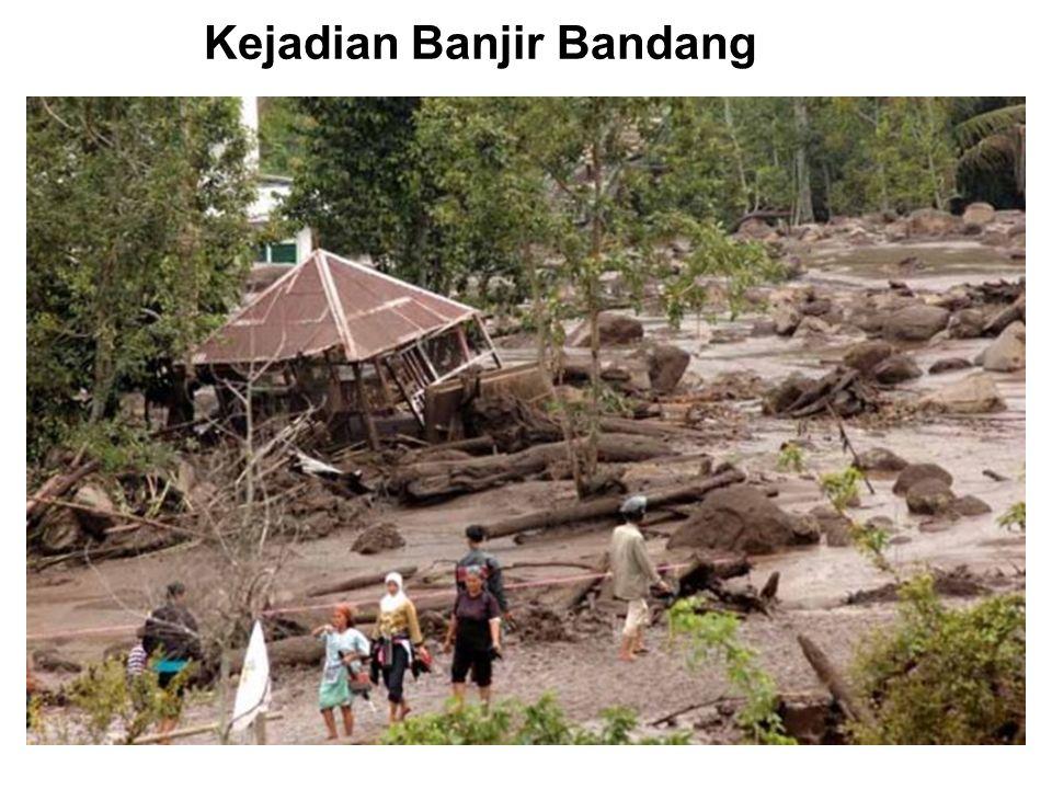 Akibat banjir dan longsor