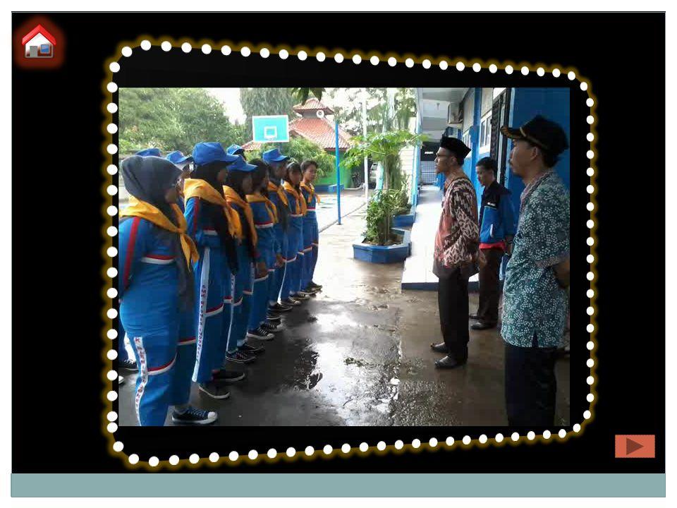8/9/2016 7 KEGIATAN-KEGIATAN PMR SMK BISNIS INDONESIA Pelantikan PMR Se- Cabang Jakarta Timur Latihan Gabungan di Cabang PMI Jak-Tim Pembuatan Tandu Darurat Pertolongan Pertama Dance For Life Bakti Sosial FOTO KEGIATAN
