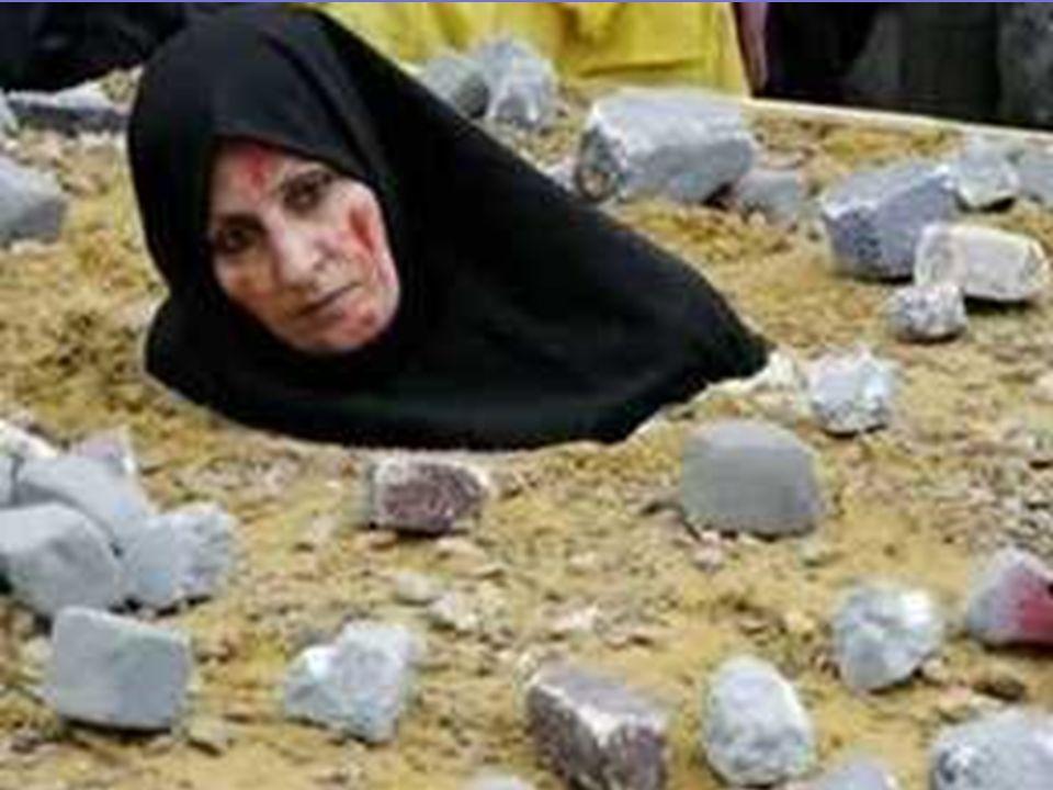 DIRAJAM. Hukuman mati untuk para pezinah. Wanita dimasukkan ke dalam lubang dan ditanam sampai ke dada, lalu para pria melempari batu kepalanya sampai