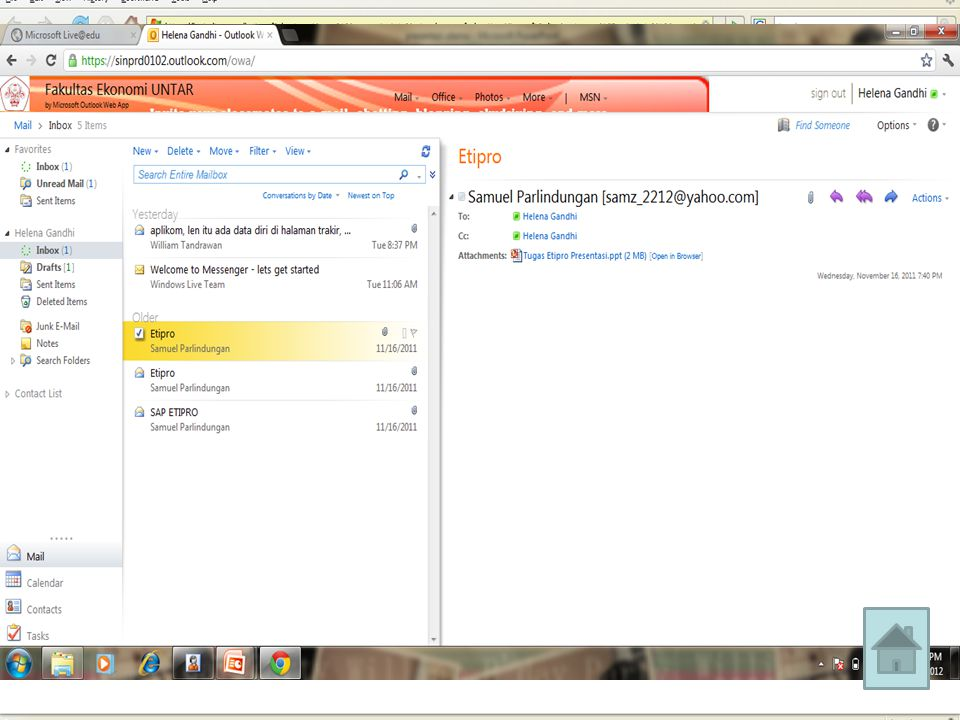 • SkyDrive sebelumnya bernama Windows Folder Live, adalah produk Microsoft pada bulan Agustus 2007.