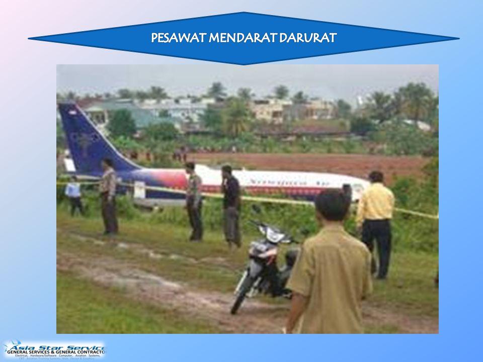 Pada saat kedatangan, pesawat itu mengeksekusi sebuah pendekatan visual melalui pola arah angin kiri untuk landasan pacu 31.