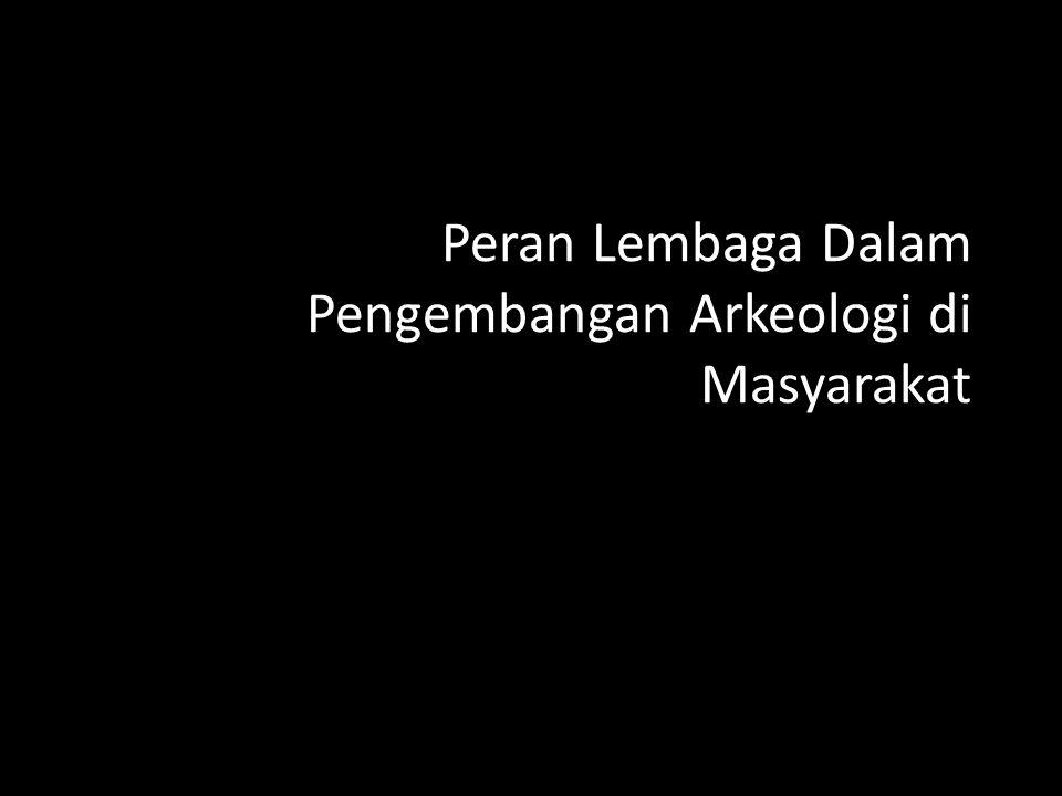 Pemugaran Candi Siwa – Kompleks Prambanan 1949