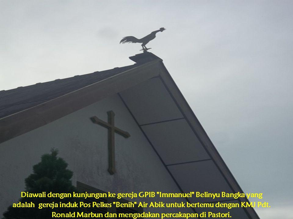 Diawali dengan kunjungan ke gereja GPIB