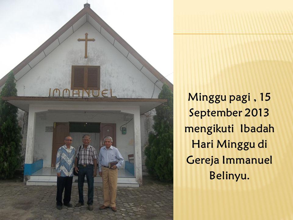 Pnt. Rompas memberi sambutan, pengarahan dan diskusi dengan warga jemaat