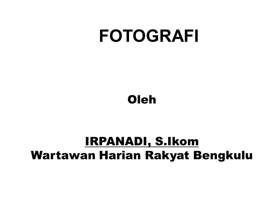 F.Aperture Aperture atau diafragma merupakan istilah untuk bukaan lensa.