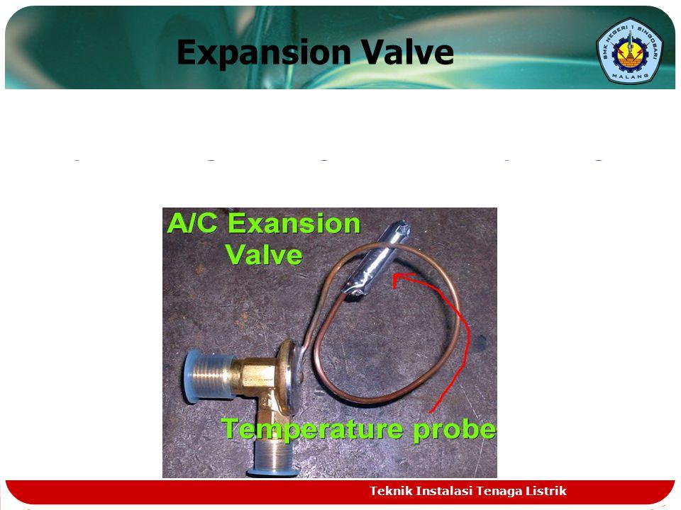 Evaporator Merupakan kebalikan dari Condenser yaitu berfungsi untuk menyerap panas dari udara, yang melalui sirip-sirip pendingin Evaporator sehingga udara tersebut menjadi dingin.