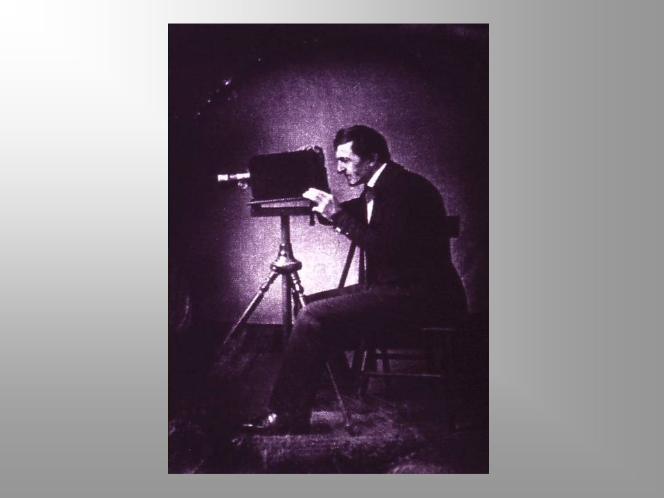 SEJARAH FOTOGRAFI Image of a Set Table ini dibuat Niepce BELUM DIPEBAIKI SUDAH DIPEBAIKI