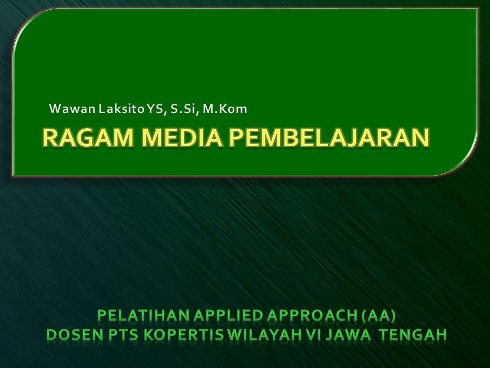  Standar Kompetensi Dapat menjelaskan adanya beragam media yang dapat dipilih sebagai media pembelajaran  Kompetensi Dasar  Menjelaskan makna media  Menjelaskan peran media dalam proses pembelajaran  Menyebutkan macam-macam media menurut penggolongan  Menjelaskan kriteria pemilihan media  Membuat media berbasis ICT