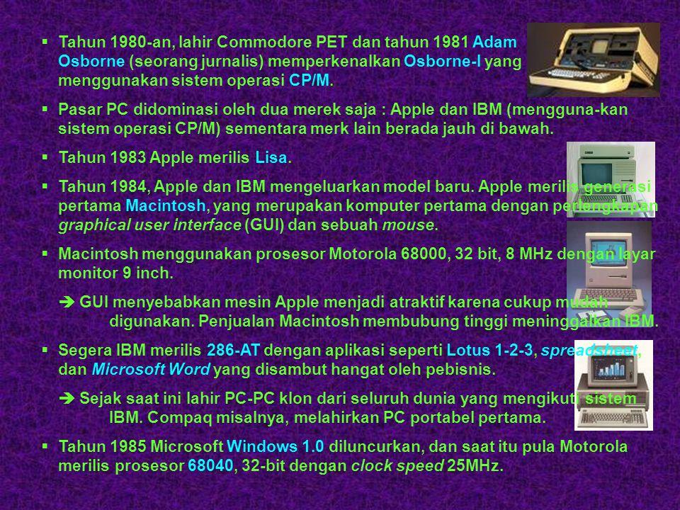  Tahun 1977 : lahir komputer personal TRS-80 dari Tandy Radio Shack dengan kemampuan yang kurang lebih sama dengan Apple II.  Pada generasi kedua, T