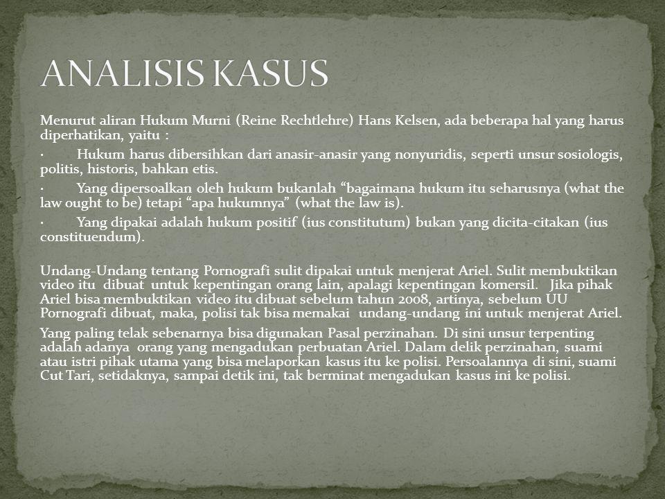 Senin, 31 Januari 2011   12:01 Terpidana pembuat dan pengedar video porno Nazriel Irham alias Ariel Peterpan berkonsentrasi mendengarkan pertimbangan hakim dalam persidangan putusan kasusnya di Pengadilan Negeri Bandung, Senin (31/1).