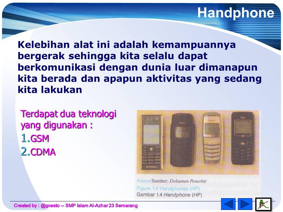 Terdapat 3 jenis modulasi pada radio 1.AM (Amplitudo Modulation) 2.FM (Frequency Modulation) 3.PM (Phase Modulation) Terdapat tiga komponen penting dalam sistem pemancar radio : • Sumber suara • Pemancar (Osilator dan modulator) • Antena Untuk dapat dipancarkan pada jarak yang jauh, sinyal suara harus ditumpangkan pada sinyal radio dikenal sebagai Modulasi.
