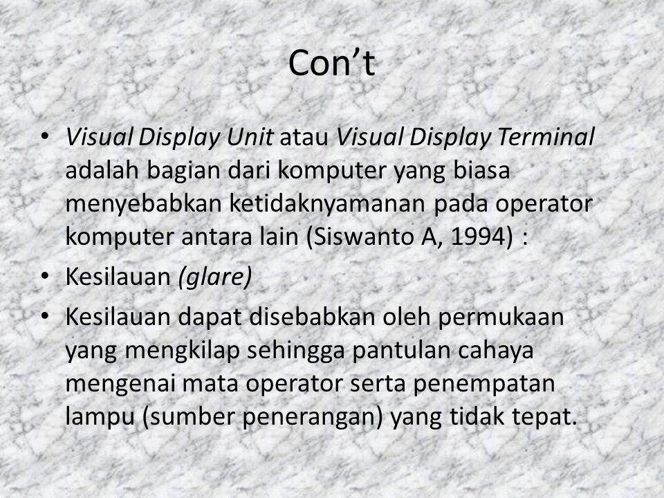 Pengertian Komputer • Menurut Sanyoto Gondodiyoto (1992) komputer pada dasarnya merupakan suatu sistem yaitu suatu rangkaian subsistem yang terdiri dari peralatan dan fasilitasnya yang berupa komponen perangkat keras (hardware) maupun perangkat lunak (software).