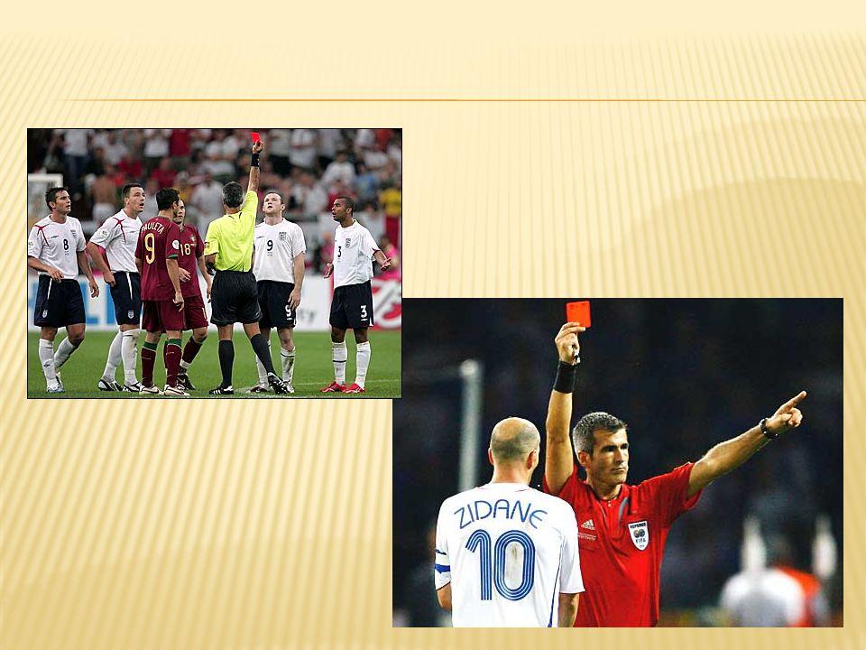 Ingat kembali.Dalam setiap permainan sepakbola pasti ada aturan yang mengatur permainan.