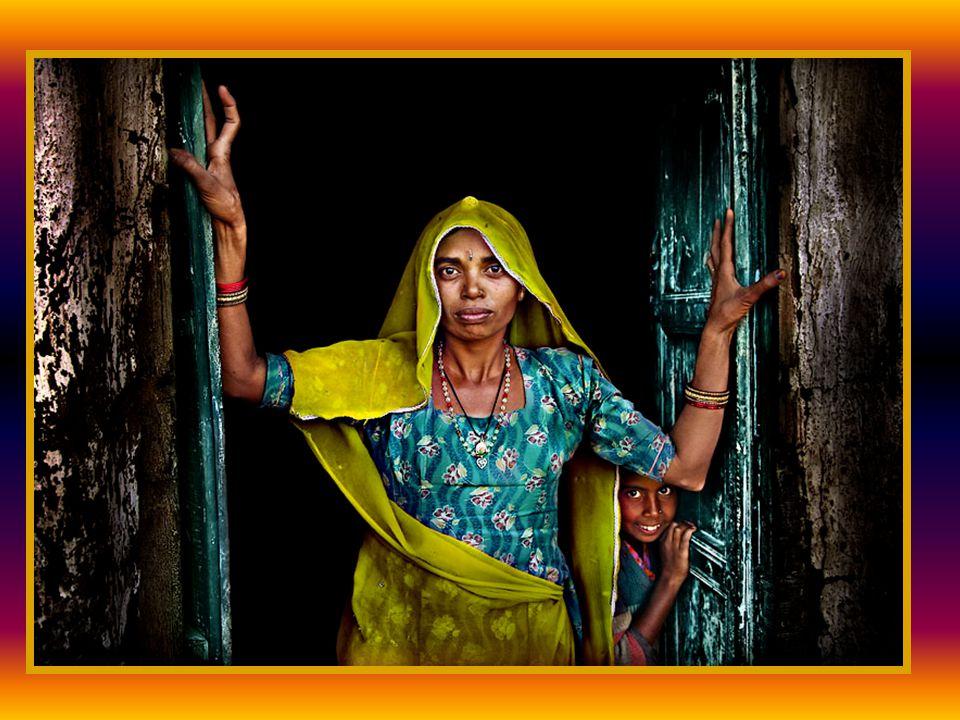 Tahun 1969, ia kembali ke india dan tinggal di Anantapur (Andhra Pradesh), sebuah distrik yang paling miskin di India, untuk melanjutkan misinya bagi