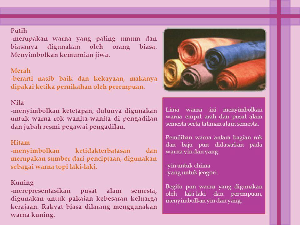 Hanbok Pernikahan Biasanya disebut Hwarot.