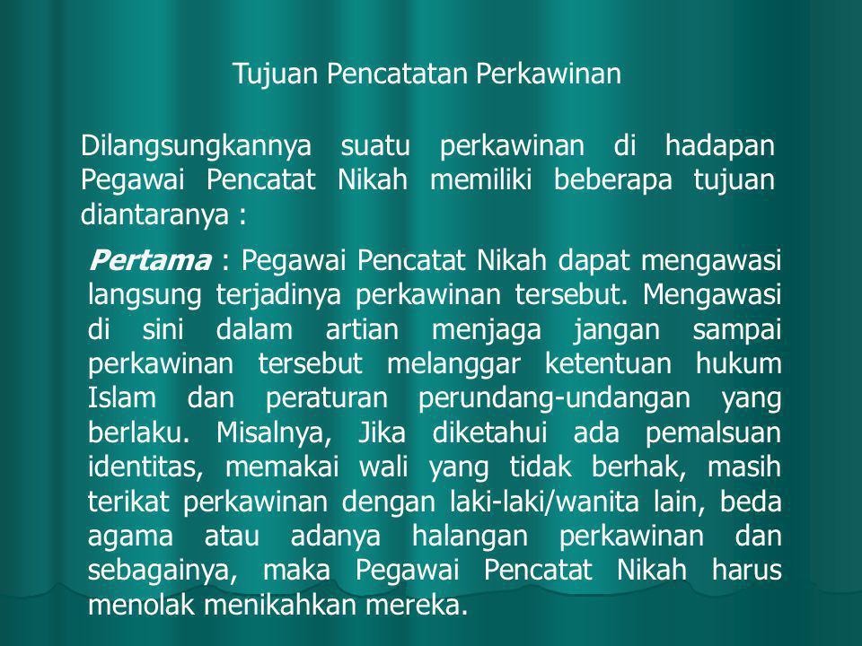 Para fuqoha mengatakan bahwa syarat berlakunya perceraian terbagi kepada tiga bagian, ada yang berhubungan dengan pihak yang menceraikan (Al muthalliq), ada yang berhubungan dengan pihak yang diceraikan (Al muthallaqah) dan ada yang berhubungan dengan ucapan tahalaq (shigat thalaq).