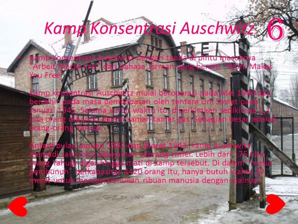 Kamp Konsentrasi Auschwitz Kamp Konsentrasi Auschwitz dengan tanda di pintu masuknya