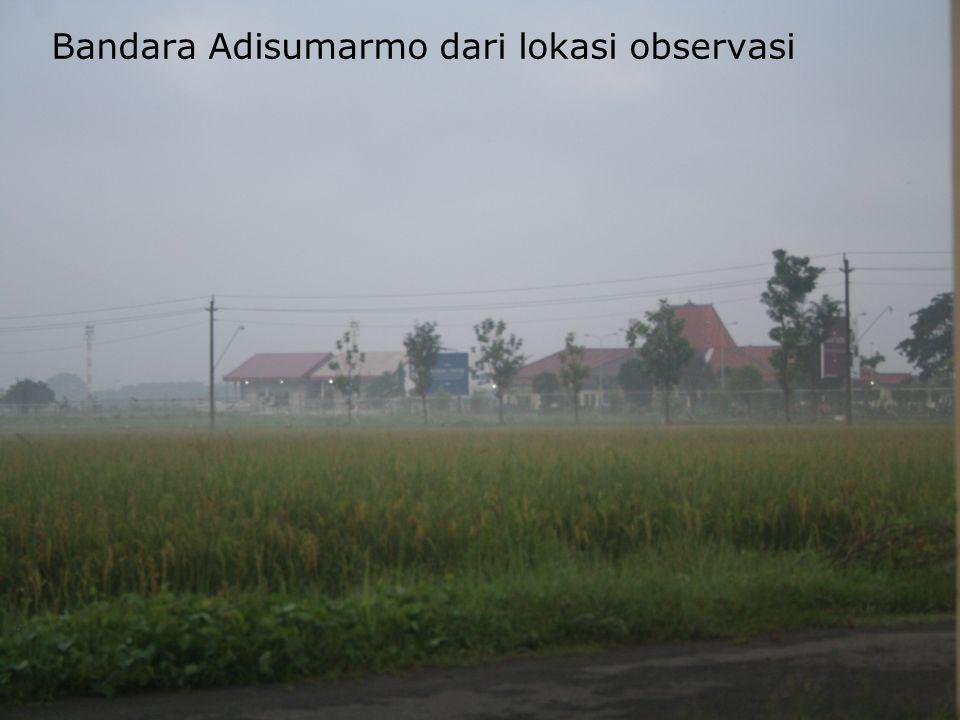 Bandara Adisumarmo dari lokasi observasi