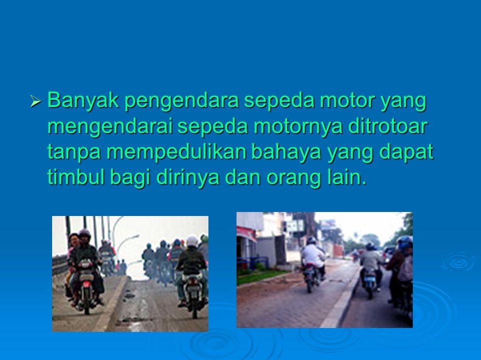 KAJIAN PUSTAKA Penggunaan trotoar oleh kegiatan PKL pada malam hari di daerah Gejayan