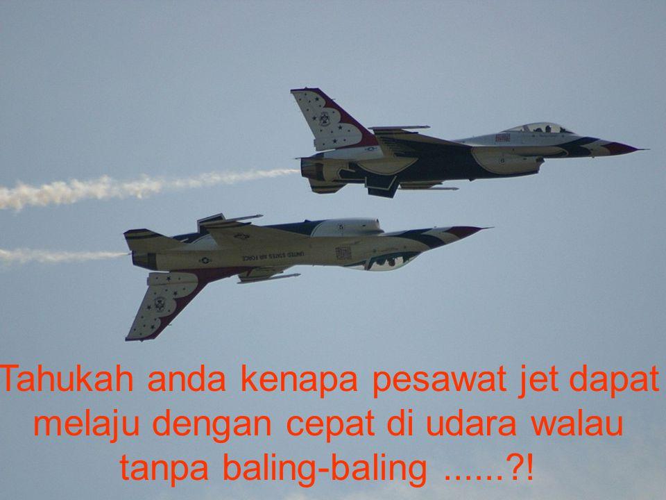 Pesawat Jet dapat melaju ke depan karena adanya momentum antara pesawat dengan gas yang memancar dari mesin jet.