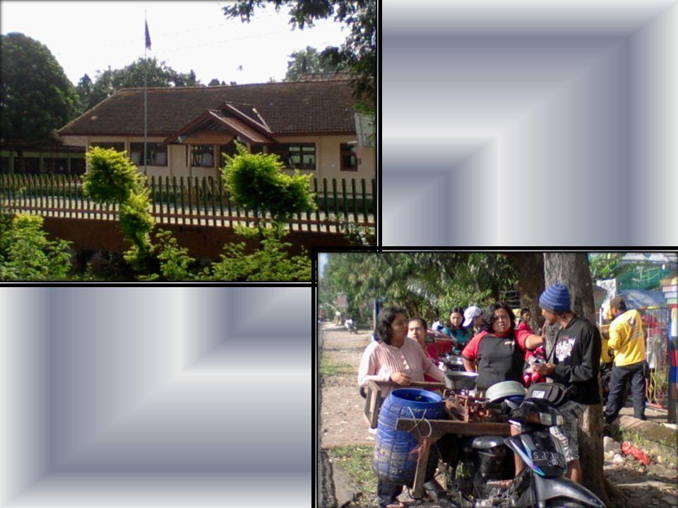 Tagun 1985 Listrik masuk Desa (Inpres).Tahun 1985 Pembangunan Gapura Jalan Dusun (Swadaya).