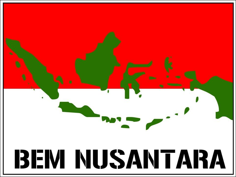 Para pengamat dan aktivis menyesalkan bahwa, SBY yang mustinya justru mengikuti jejakJenderal TNI (Purn) Sarwo Edhie Wibowo yang pro-mahasiswa dan memahami gerakan mahasiswa sebagai kekuatan moral dan kontrol sosial, bukannya malah menjinakkan dan memecah mahasiswa melalui BEM Nusantara versus BEM Indonesia.