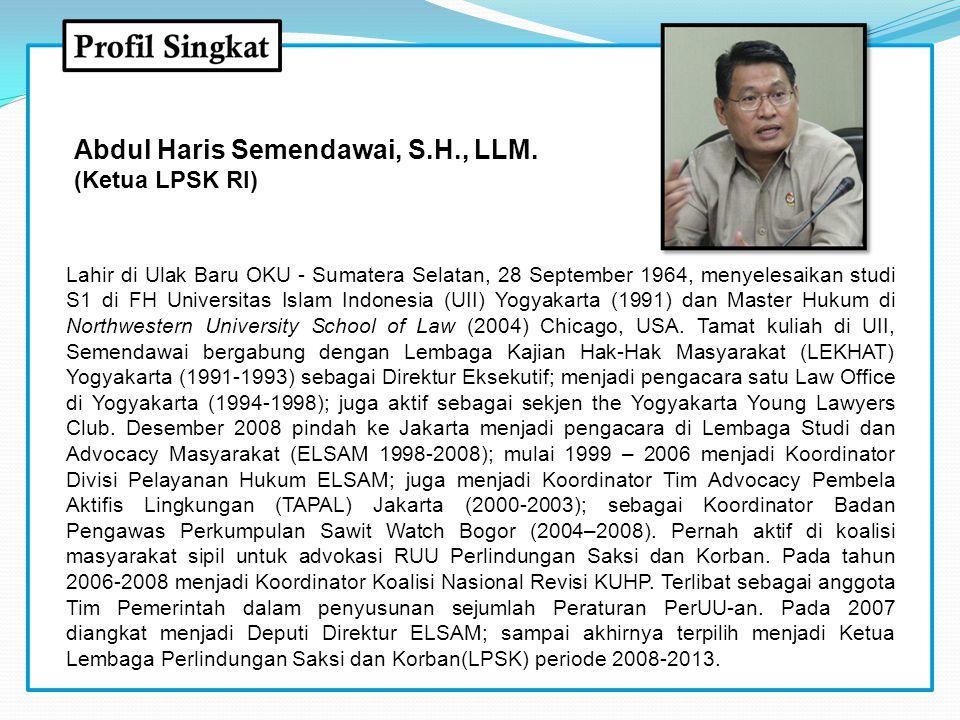 Lahir di Ulak Baru OKU - Sumatera Selatan, 28 September 1964, menyelesaikan studi S1 di FH Universitas Islam Indonesia (UII) Yogyakarta (1991) dan Mas