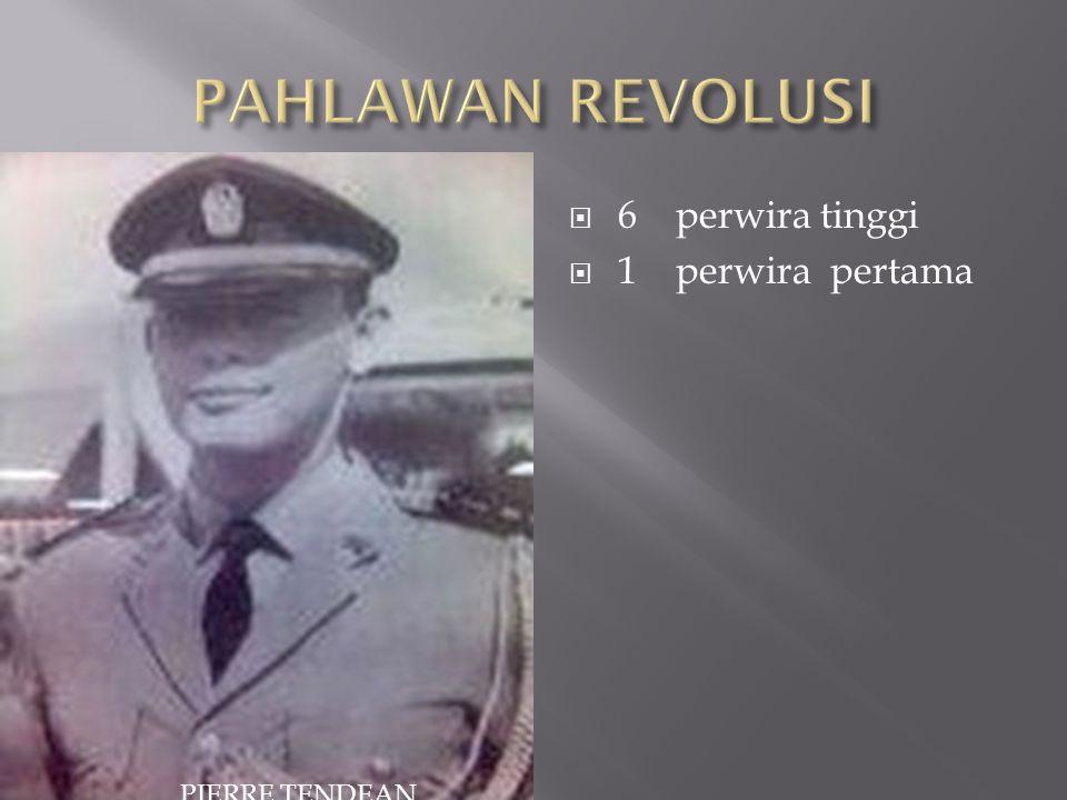  6 perwira tinggi  1 perwira pertama PIERRE TENDEAN